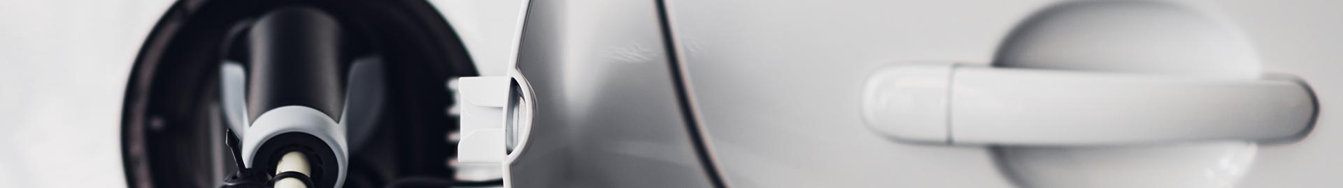 Seitenasicht eines Elektroautos im Detail
